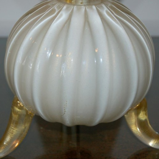 Classic Three Footed Vintage Murano Lamps in Creamy White and Gold