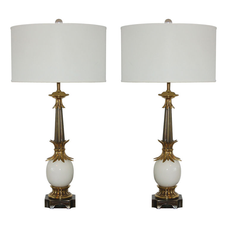 Vintage Stiffel Lamps >> White Pair Of Vintage Stiffel Ostrich Egg Lamps Swank Lighting